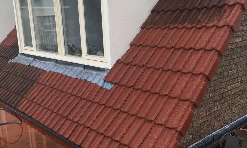 Schoonmaken dakpannen